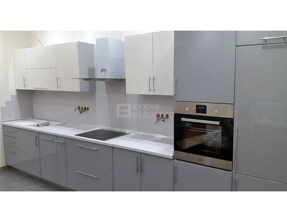Компактный кухонный гарнитур длиной 4 метра