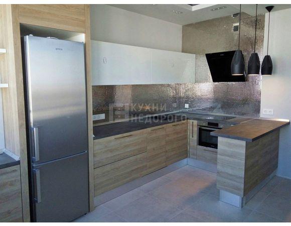 Кухня в стиле модерн п-образная