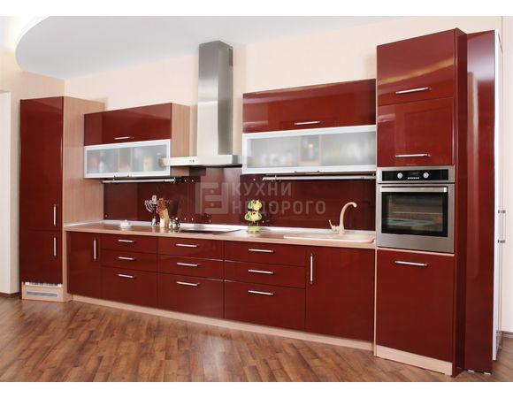 Компактный кухонный гарнитур длиной 4,5 метра
