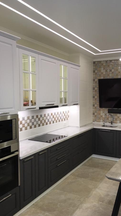 Угловая светлая кухня МДФ в пленке ПВХ 505